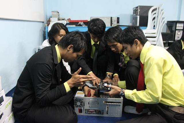 Kampus Jurusan Teknisi Komputer Di Samarinda