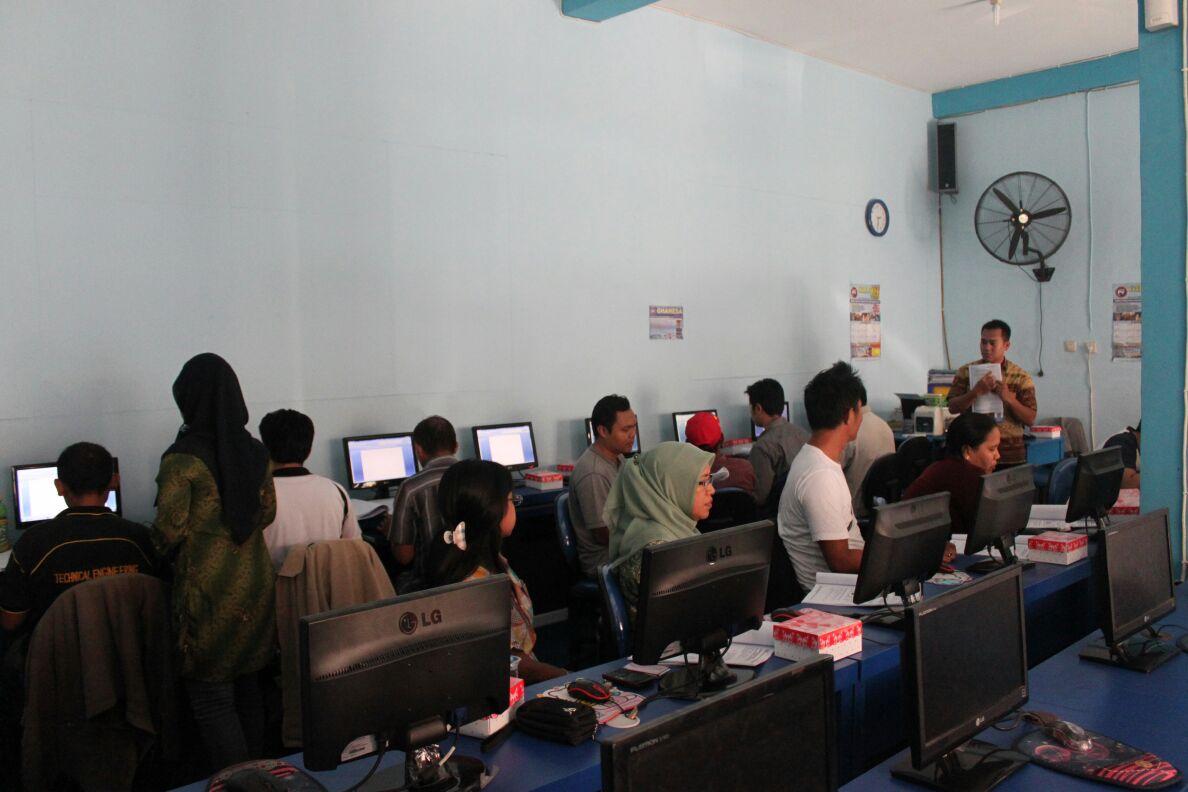 whKursus Siap Kerja | Kuliah Programmer Dan Teknis Komputeratsapp-image-2016-09-28-at-4-23-42-pm